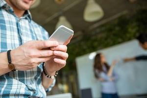 uso de móviles alto